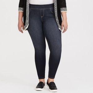 Torrid Black Lean Jean - Pull on 3R